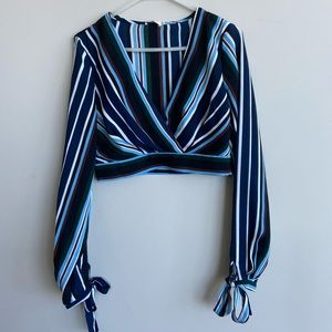 💃🏼Essue Long Sleeve Stripped Blouse